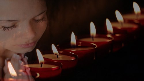 tea-lights-2229651_1920_500x283