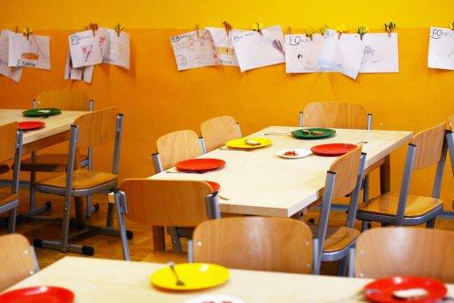kindergarten-2456159_1920_500x334