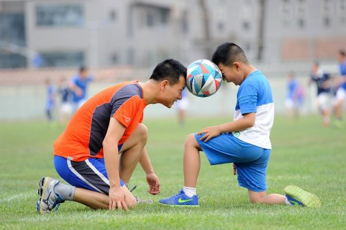 football-1533210_960_720_500x332